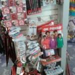 Merchandising de One Direction en los estantes de Claire's