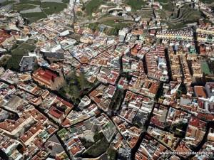 Vista aérea del casco de Gáldar. Fuente: fotosaereasdecanarias.es