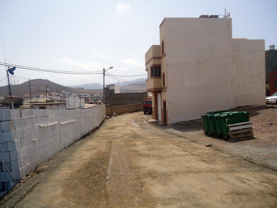 Trabajos de asfaltado en Las Cumbrecillas.