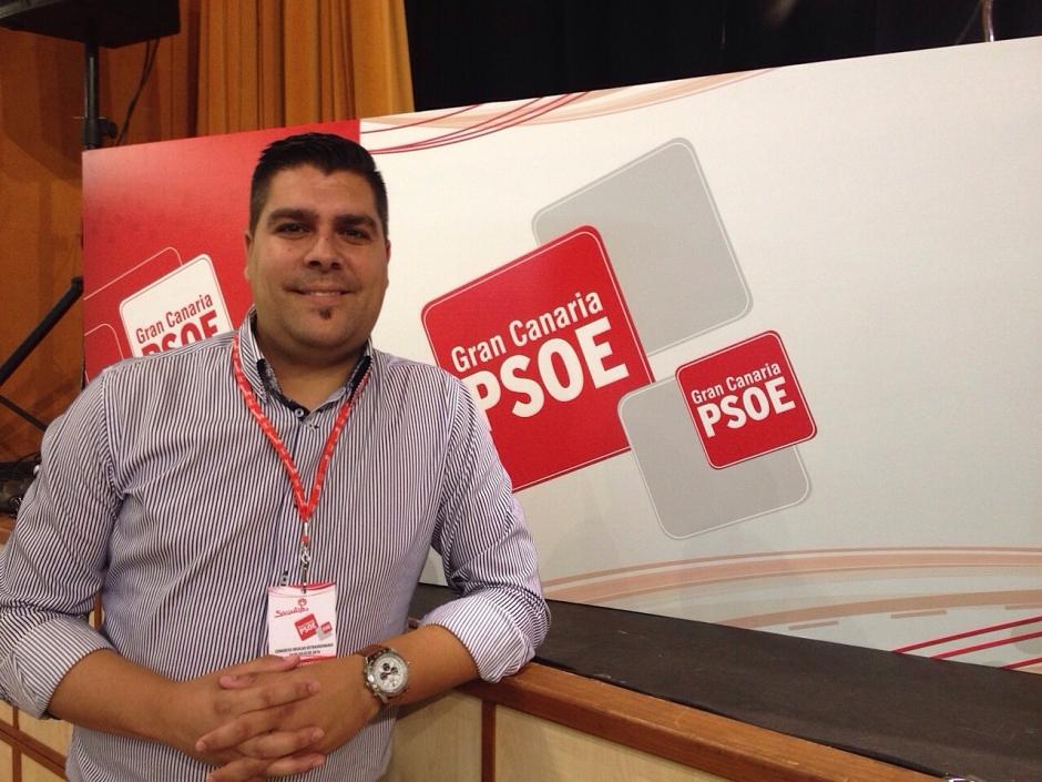 Evelio Pérez esta tarde en una imagen publicada en su perfil en Twitter @oilevet