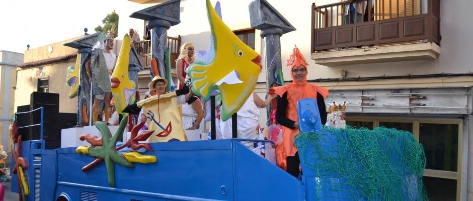 Carroza principal del Carnaval de Gáldar en su edición 2014.