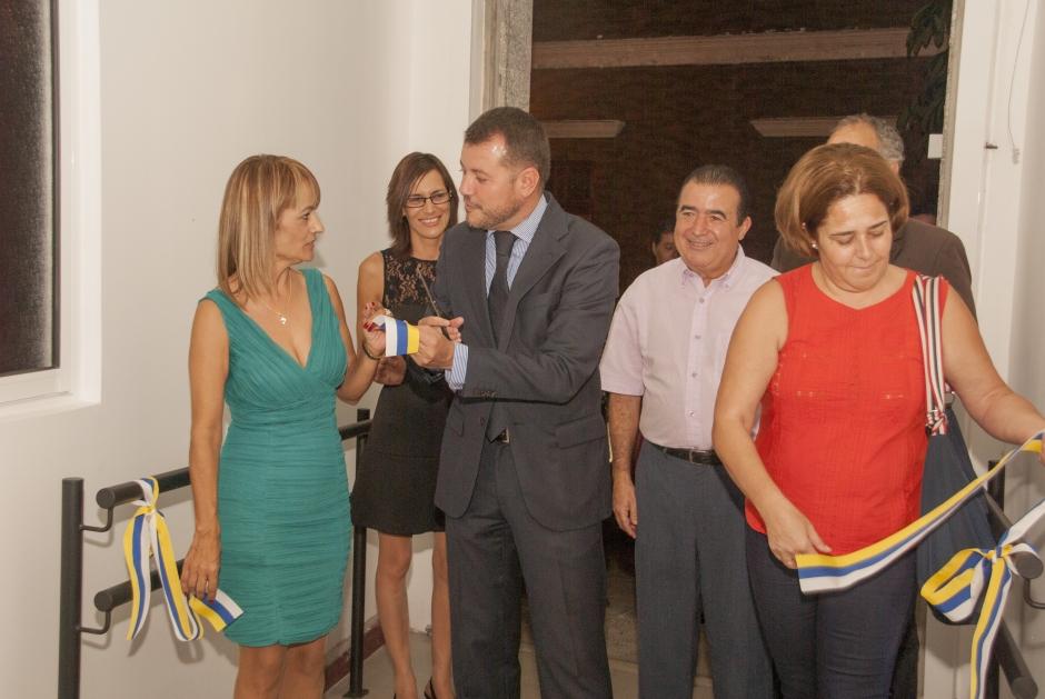 El alcalde y la concejala de Servicios Sociales inauguraron el nuevo centro.