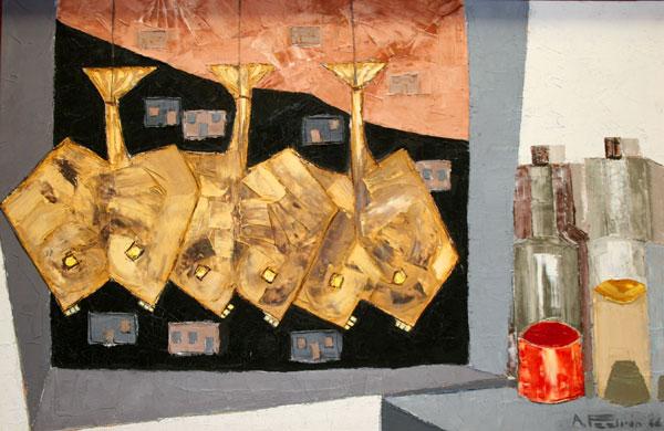 Las jareas pintadas por Padrón centran el taller de máscaras.