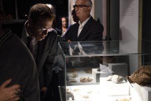 El director general de Cultura del Cabildo, Oswaldo Guerra, durante la inauguración.